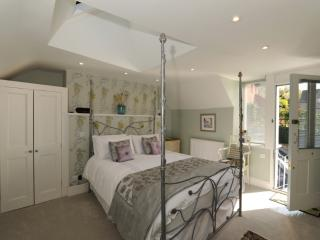 Bove Town House Studio, Glastonbury, Somerset - Glastonbury vacation rentals