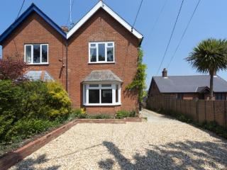 Lodore, Freshwater, Isle of Wight - Isle of Wight vacation rentals