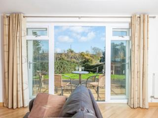 5 Red Rock, Dawlish Warren, Devon - Dawlish vacation rentals
