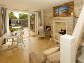 Waterfront Retreat, Yarmouth, Isle of Wight - Yarmouth vacation rentals