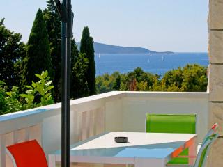 Hvar Emerald Star Apartment - Hvar vacation rentals