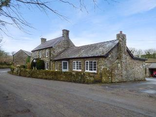 STONE LODGE, open fire, WiFi, pet-friendly homely cottage near Nolton Haven - Nolton vacation rentals
