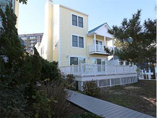 104 Cedarwood Street (Sea VIlla) - Cedar Neck vacation rentals