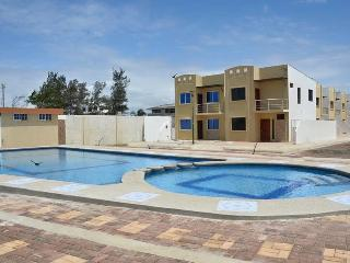 3 bedroom House with Short Breaks Allowed in Playas - Playas vacation rentals