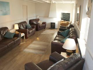Pet Friendly Holiday Home - Ivy Tower House, Ivy Tower Village, St Florence - Pembrokeshire vacation rentals