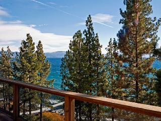 LAKE FRONT Home in Dollar Point with Amazing Views and Buoy - From $500/nt - Dollar Point vacation rentals