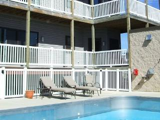 WaterTowne #06 - Weekly rentals only - South Haven vacation rentals