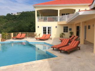 CACTUS --- Luxury & convenience with total privacy - Saint Mary vacation rentals