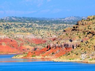 The Casita del Lago on Abiquiu Lake. 5 Stars. - Abiquiu vacation rentals