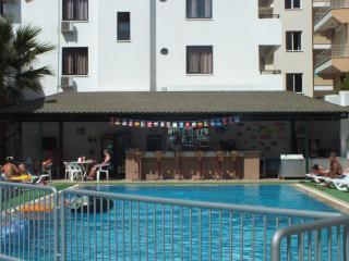Comfortable 2 bedroom Resort in Altinkum - Altinkum vacation rentals