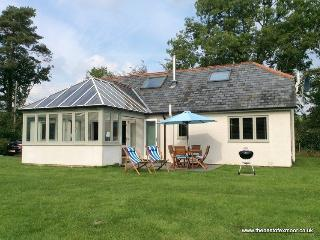 Combe Cottage, Winsford - Spacious luxury cottage for up to 6 people on Exmoor - Wheddon Cross vacation rentals