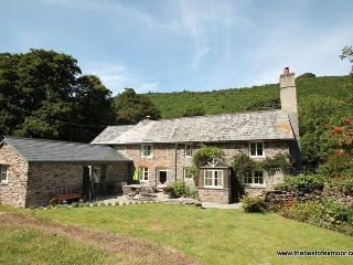Poocks Cottage, Nr Malmsmead - Rural property on Exmoor to 'get away from it - Lynton vacation rentals
