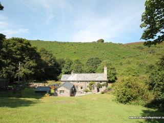 Poocks Cottage, Nr Malmsmead - Rural property on Exmoor to 'get away from it all' - Sleeps 5 - Lynton vacation rentals