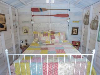 Oakie Doakie Bunkies - Wellington vacation rentals