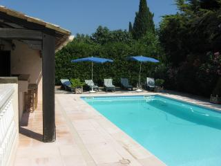 VIlla Carpe Diem - private pool, 5 bed, sleeps 10 - Cannes vacation rentals
