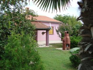 4 bedroom Apartment with Internet Access in Valbandon - Valbandon vacation rentals