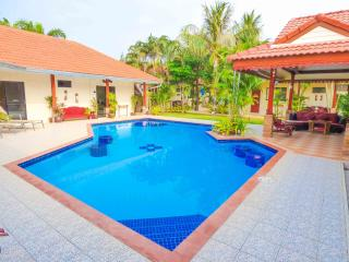 Mountain Beach Retreat 20 Mins South Of Hua Hin - Hua Hin vacation rentals