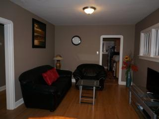 6 Bedrooms House Near SAIT and Downtown - Calgary vacation rentals