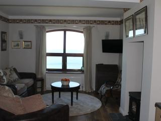Nice Cottage with Internet Access and Cleaning Service - Newcastle vacation rentals