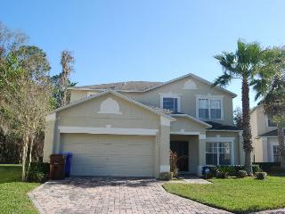 1227 WW  4 Bdrm, 3.5 Bath,  Wi-Fi, Pet Friendly, Conservation View, Pool - Kissimmee vacation rentals