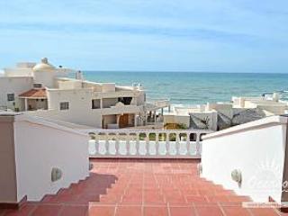 Vistas de Las Olas Main House - Estado de Mexico vacation rentals