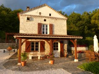 4 bedroom Gite with Internet Access in Montcuq - Montcuq vacation rentals