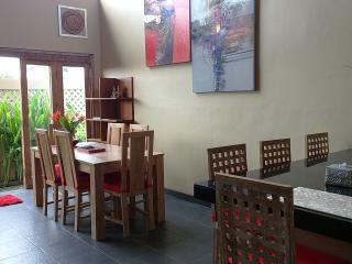 Contemporary Balinese house in Seminyak, Mie Casa - West Sulawesi vacation rentals