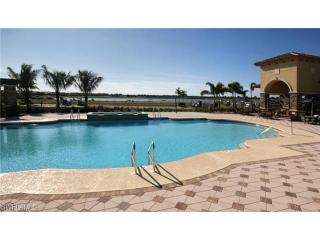 **Unlimited Golf, Tennis** - 2BR/BA + Den, Naples - Naples Park vacation rentals