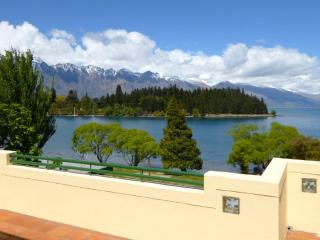 Totally Lakefront - Queenstown vacation rentals