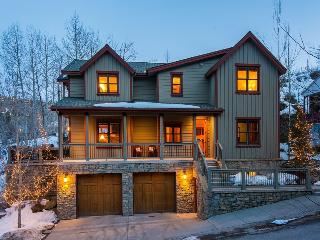 Kings Peak Ski Chateaux with Walking Distance to Quit`N Time Ski Run and a Private Outdoor Hot Tub - Park City vacation rentals