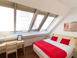 checkVienna - Maria-Theresien-Strasse - 2 bedroom - Vienna vacation rentals