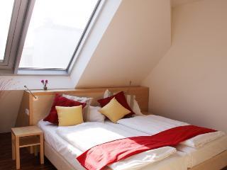 checkVienna - Maria-Theresien-Strasse - 1 bedroom - Vienna vacation rentals