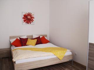 checkVienna - Puchsbaumgasse - 2 bedrooms - Vienna vacation rentals