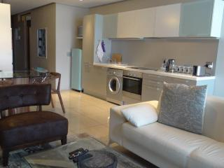 Stylish 1br apartment, De Waterkant, Cape Town - Sea Point vacation rentals