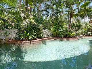 2 bedroom Resort with Internet Access in Port Douglas - Port Douglas vacation rentals