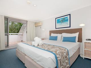 The White House apt 6 - 3 Bedroom Penthouse - Port Douglas vacation rentals