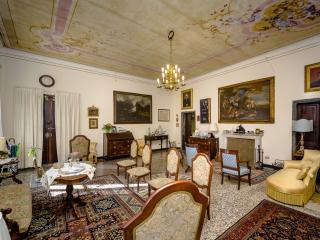 B&B La Casa dell'Ammiraglio Family Suite - Moneglia vacation rentals