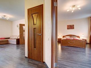 2-bedroom on Nevsky prospect (335) - Saint Petersburg vacation rentals