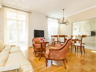 Acacia Luxury apartment Split, 4-rooms/3-bathrooms - Split vacation rentals