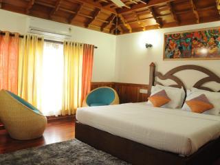 Kumarakom Houseboat Holidays - Kumarakom vacation rentals