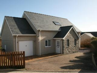 Modern holiday home by the sea. - Aberdaron vacation rentals