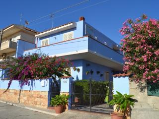 2 bedroom Villa with A/C in Cava d'Aliga - Cava d'Aliga vacation rentals
