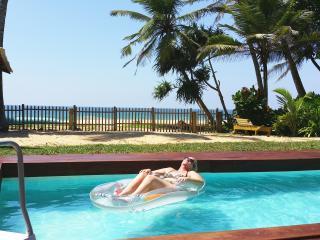 Tropical Beach House Hikkaduwa. Perfect Location! - Hikkaduwa vacation rentals