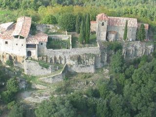 Llaés Castle Xth century - 2-7 people - Ripoll vacation rentals