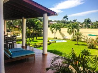 4BR VILLA IN PUERTO PLATA (MAID / POOL / JACUZZI) - Puerto Plata vacation rentals