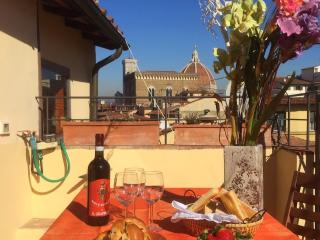 EOLO - New wonderful flat with panoramic terraces - Florence vacation rentals