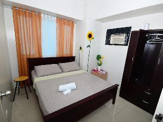 Sea Residence 2 BR Suite Across Mall of Asia - Manila vacation rentals