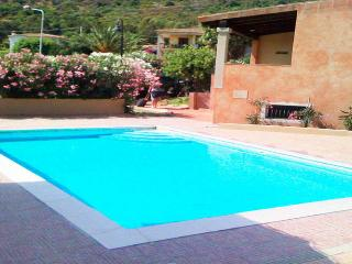 semi detached-house-sea-view-swimming-pool-Budoni - Budoni vacation rentals