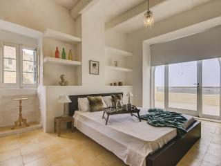 FIFTY-FOUR Edge Pool House - GOZO - Xaghra vacation rentals