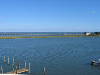Nice Apartment with Deck and A/C - Chincoteague Island vacation rentals